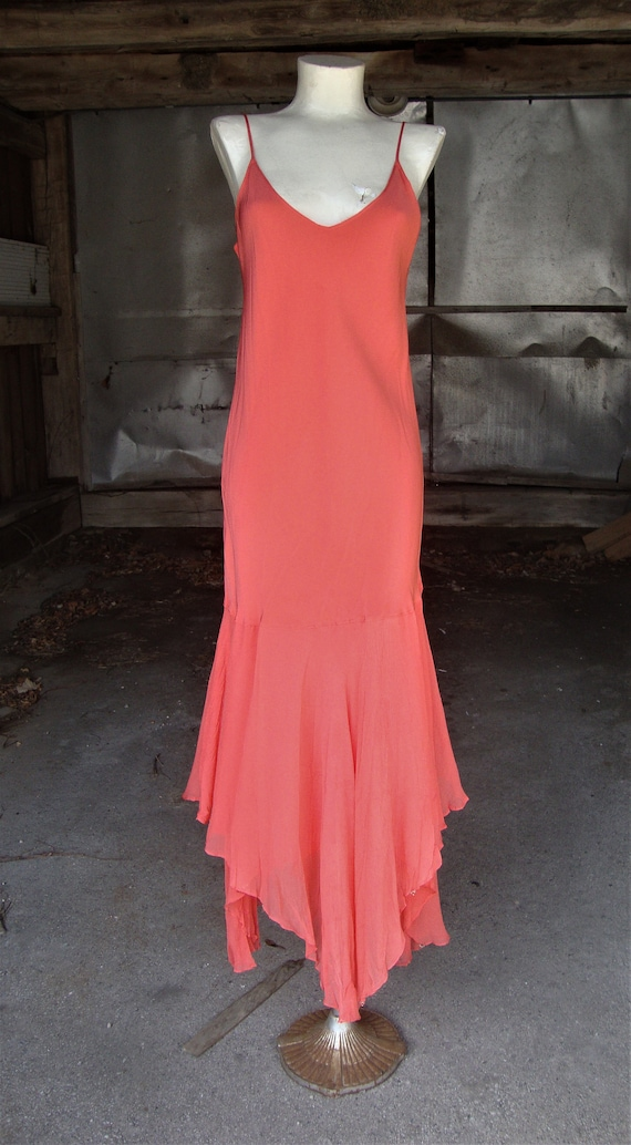 Lovely Vintage Coral Silk and Chiffon 1920's 1930'