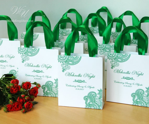 35 Mehndi Night gift bags with satin ribbon \u0026 names , Personalized Wedding  Welcome bags for guests , Henna, Indian Wedding gifts and favors