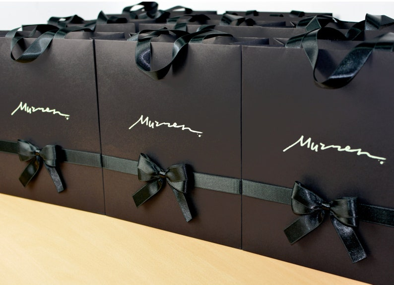 fda455d74d06 20 Logo Gift Bags with satin ribbon handles and bow Elegant
