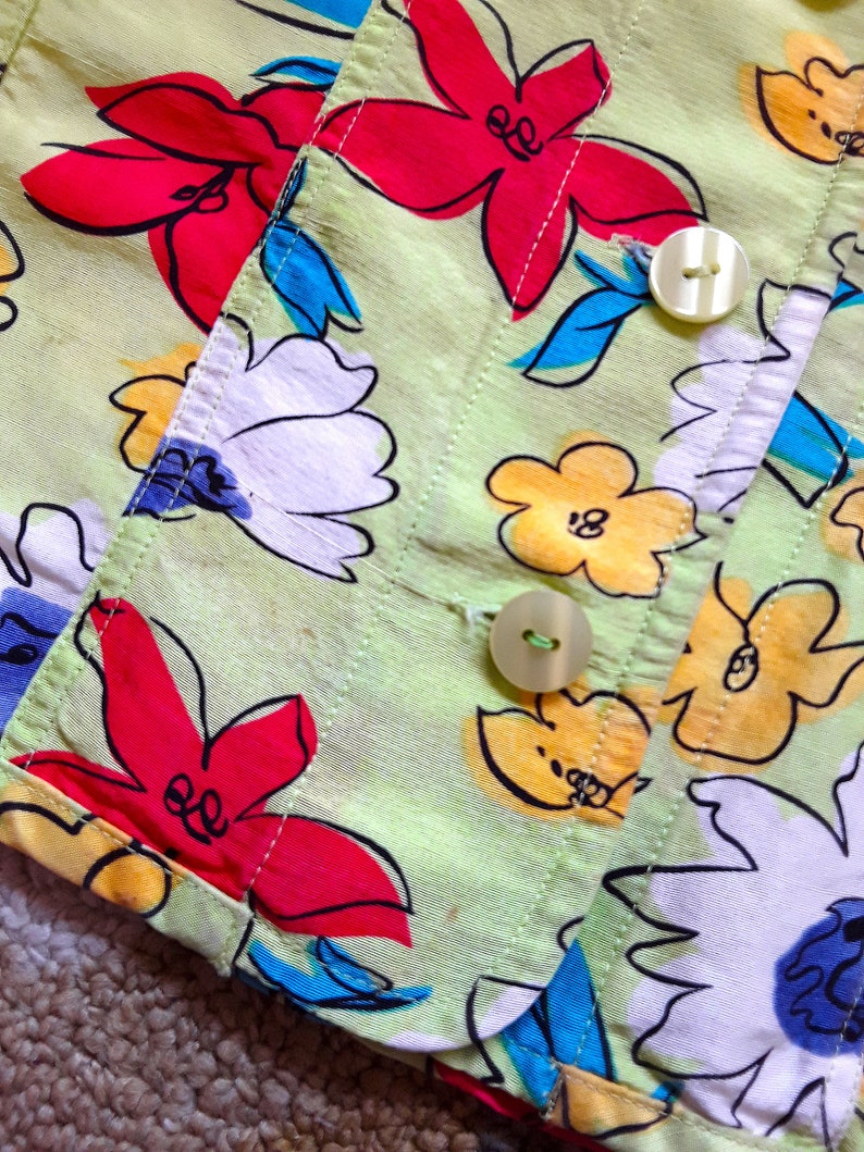 Size Petite Small Green Button Up Blouse with Colorful Flowers by Transitions Petite