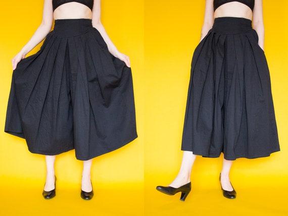 Vintage Culottes / Black Vintage High Waist Wide L