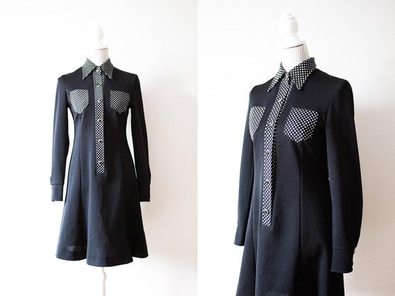 Vintage Black Collared Mini Dress / Black Mini Dre