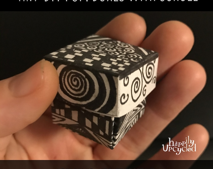 Tiny DIY Pop! Box with Blank Scroll    A Color + Create Craft Kit
