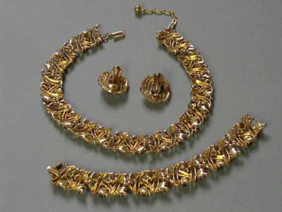 TRIFARI (175) 3-piece set: Necklace, Bracelet - E… - image 3