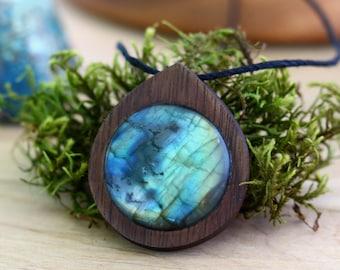Labradorite Necklace, Labradorite, Wood, Healing Crystal, Gemstone