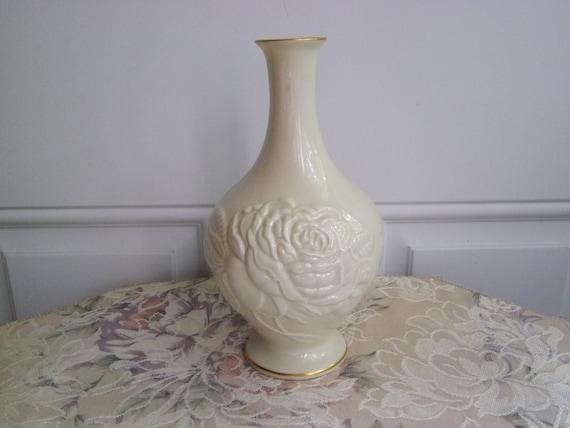 Lenox Rose Vase With 24kt Gold Trim Neves Jewelers 8 Etsy