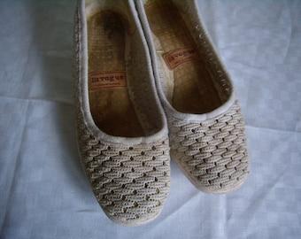 Vintage Sandals espadrilles woman, size EU 39 / 81/2 US, fabric lace ecru 1980 french Vintage