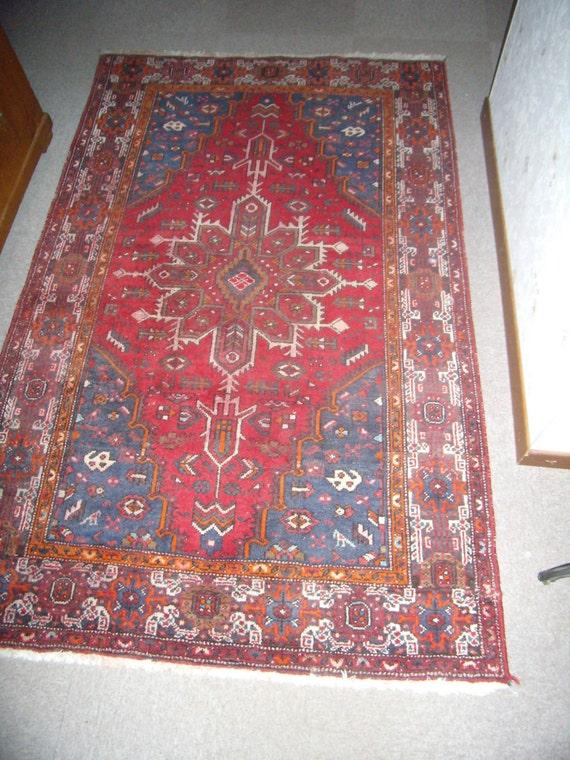 rouge et bleu tapis vintage authentique tapis dorient. Black Bedroom Furniture Sets. Home Design Ideas