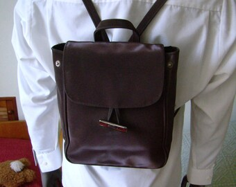 Handbag, bag, backpack, purse, plum/Brown, glossy Vinyl, Vintage