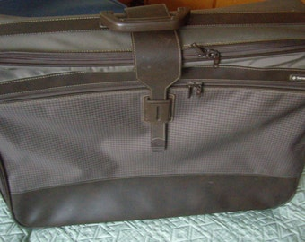 large wheeled suitcase, Samsonite, fabrics, retro zipped luggage, Vintage 80's