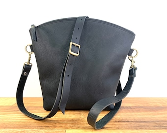 Curved Top Crossbody - Black Kodiak Leather