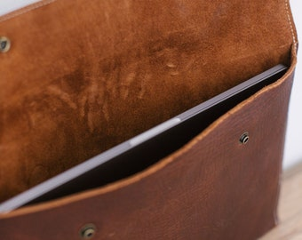 Laptop Sleeve - Brown Kodiak Leather