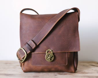 Medium Messenger with Lock Clasp - Brown Kodiak Leather