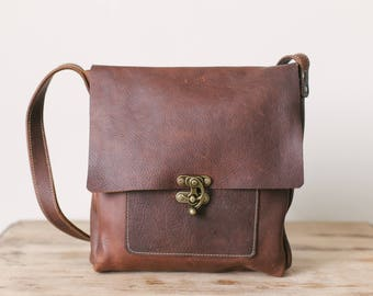 Medium Messenger with Swing Clasp - Brown Kodiak Leather
