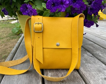 Small Crossbody - Yellow Leather