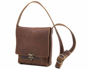 Medium Messenger with Swing Clasp - Caramel Kodiak Leather