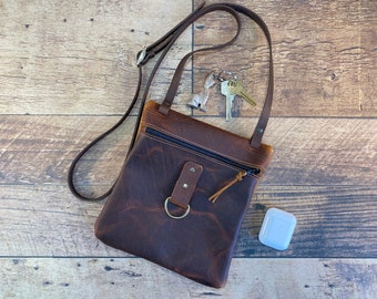 Small Zippered Crossbody - Brown Kodiak Leather