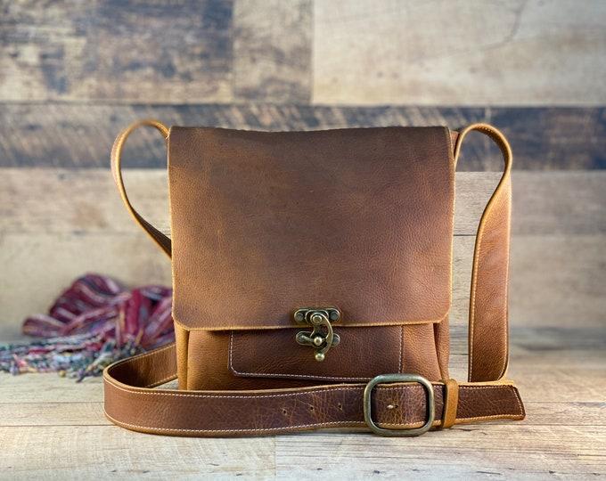 Featured listing image: Medium Messenger with Swing Clasp | Caramel Kodiak Leather