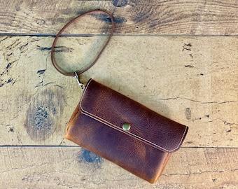 Belt Pouch   Phone Carrier  Wristlet   Brown Kodiak Leather