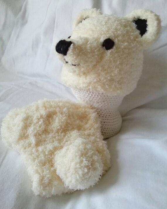 356458e22cf Newborn baby Polar bear hat and diaper cover. Bear cub photo