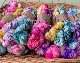 Frida's Flowers - Speckled hand-dyed mini skein set - Superwash Sock 4 ply Fingering 100g set of 5
