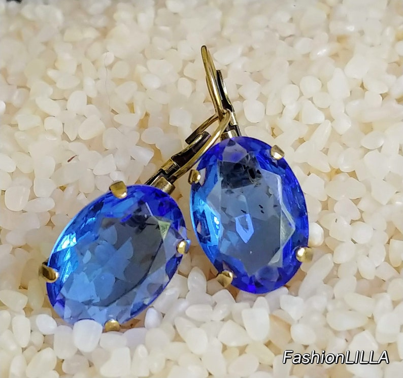 Vintage Czech glass sapphire oval drop earring in antique brass setting,large blue wedding earring,something blue,bridesmaid jewelry
