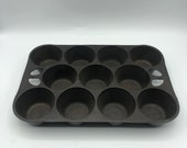 Vintage Griswold Cast Iron Muffin Baking Pan Vintage Kitchen Popover Cupcake Tray Made In USA 11 Cup Wagner Ware