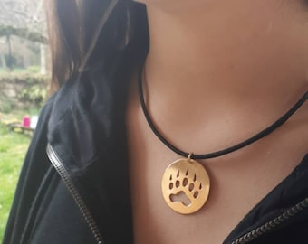Bear paw pendant, paw necklace animal necklace, nature pendant, bear necklace, nature gift, gift for him, nature preservation, nature lover