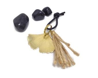 Ginkgo keychain, ginkgo key holder, ginkgo bag charm, maidenhair tree keychain, nature keychain, nature Christmas gift, pen drive holder