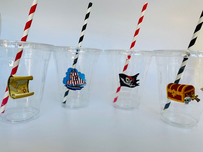 Pirate Plastic Drink Cups with lids and straws Pirate Plastic Cups with lids and straws Mix Design Pirate Cups