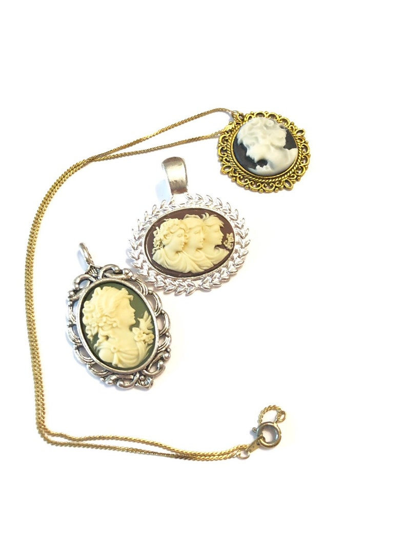3pcs Lot Set Cameo Cabochon Gold Silver Tone Necklace Pendant  Combo Beautiful Ornate Elegant Pieces Gifts for Her Vintage
