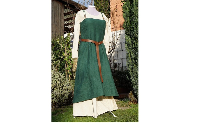 Viking Hangerock Apron in Green Overdress