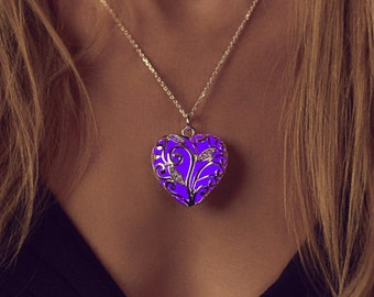 Purple Glowing Heart Necklace - Wife Gift - Necklace - Gift - Girlfriend Gift - Glow in the Dark - Purple Necklace - Gifts for Her - Violet