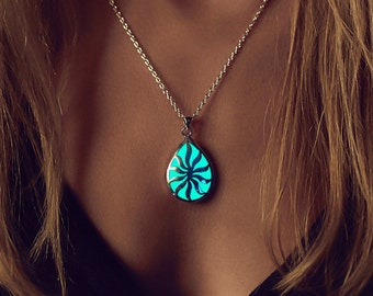 Glowing Necklace - For Her - Turquoise Necklace - Glow in the Dark Jewelry - Gifts for Her - Jewellery - Sun Necklace - Birthday Gift