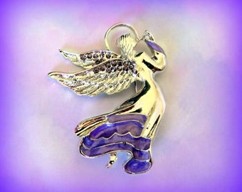 Beautiful Vintage Angel Brooch with Pearly Enameled Wings  Angel Holding Star of Rhinestones  Unsigned Beauty  Guardian Angel  Gift Idea