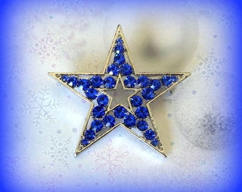 50% SALE..Blue Star Pin..Blue Star Brooch..Christmas Star Pin..Flag Pin..Patriotic Jewelry..4th of July Jewelry..Christmas Party Favor