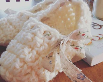 Slippers / House Shoes /Womens All Sizes , Small to Large / Hand Crocheted Custom Sizes/ Cotton tie up