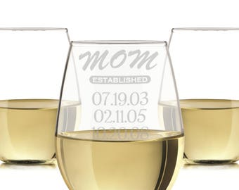 Mom established wine glass, engraved mom glass, Engraved Wine Glass 20oz./personalized wine glass, engraved wine glasses, Mom wine gift