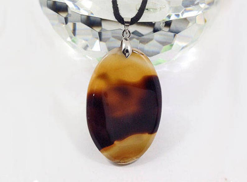 58x32x8 mm Metal Clasp with wax cotton cord 72Ct. Oval Shape Natural gemstone P989 Montana Agate  Necklace