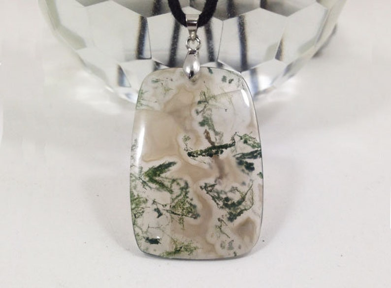Crazy Shape Natural Gemstone 55x28x3 mm Stone of Courage P1464 Moss Agate Necklace Metal Clasp with wax cotton cord 38.5Ct