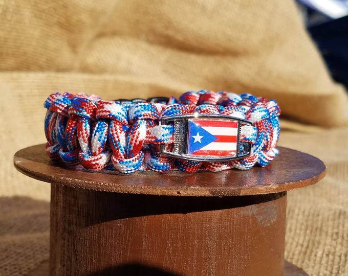 Puerto Rico Flag Paracord Charm Bracelet, Puerto Rican Pride, US Territory, Red, White and Blue, Territory Flag Bracelet