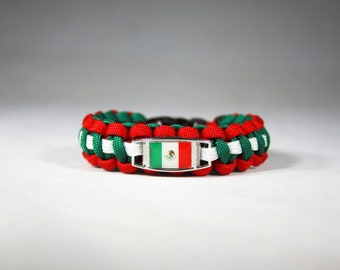 Mexican Flag Paracord Charm Bracelet, Mexico, Green, White and Red, Country Flag Bracelet