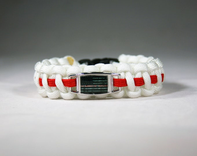 Red Line (On White) American Flag Paracord Charm Bracelet, American Flag with Red LIne (On White), Nurses, RN, CNA, LPN, Nurse Practitioner