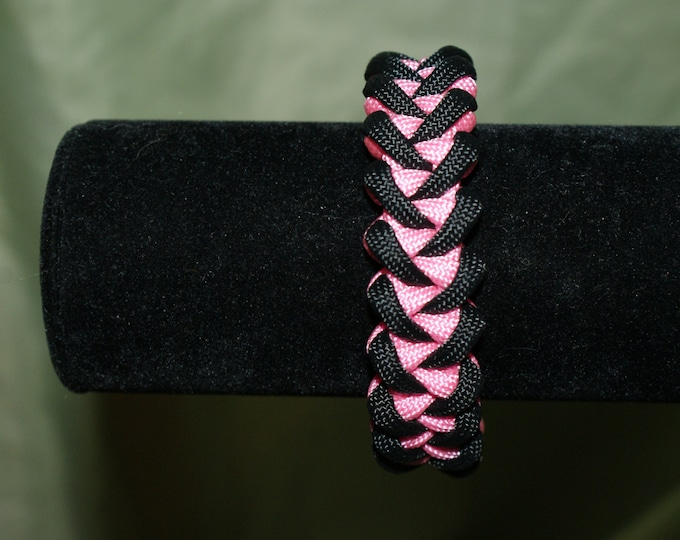 Black and Pink Shark's Jaw Paracord Bracelet