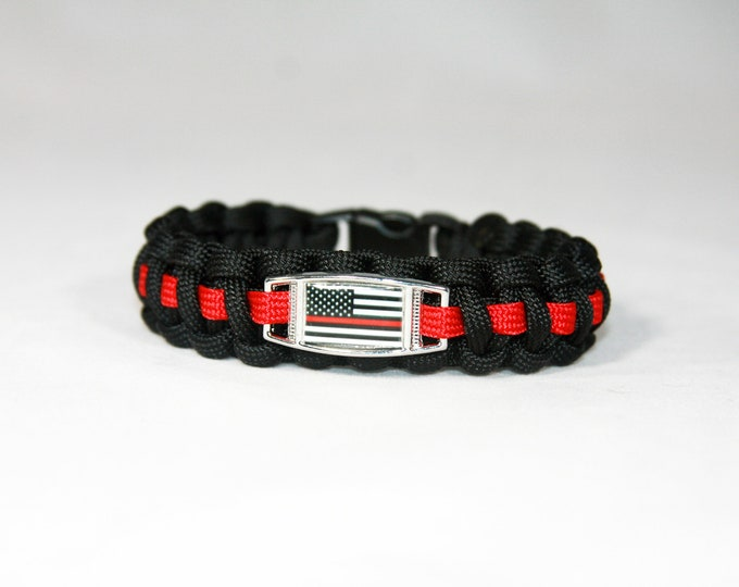 Red Line American Flag Paracord Charm Bracelet, American Flag with Red LIne, Remembrance, Honor, Fire Department, FD, Cops, First Responders