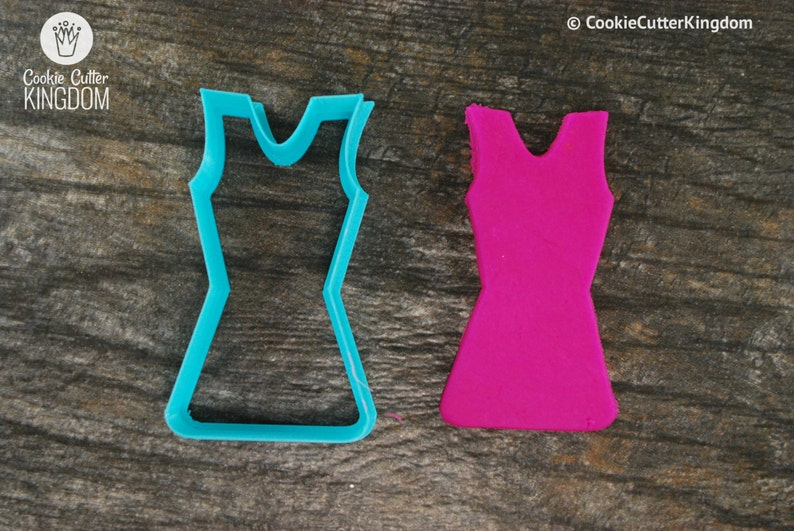 Mini and Standard Sizes 3D Printed Cheerleader Uniform Cookie Cutter