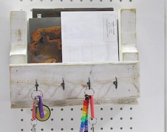 Rustic Wall Organizer, Key and Mail Storage, READY TO SHIP, Entryway Decor, Key holder, Coastal Beach Key Rack, Reclaimed Wood, Farmhouse