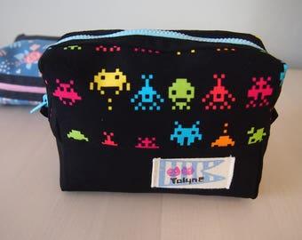 Neon aliens mini pouch