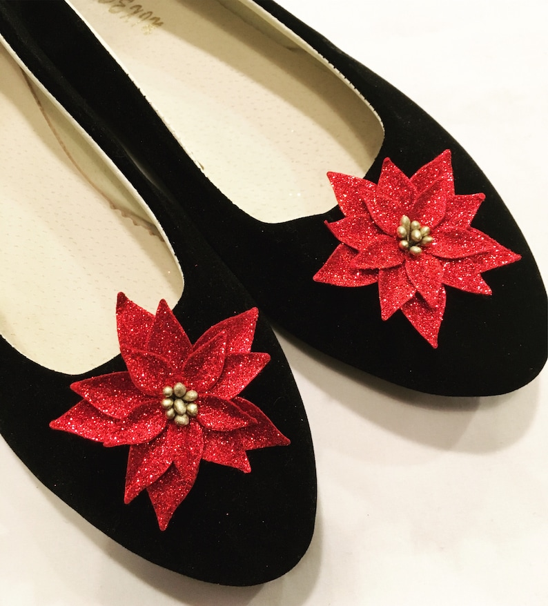 1950s Men's Clothing Pinup poinsettia christmas shoe clips $6.00 AT vintagedancer.com