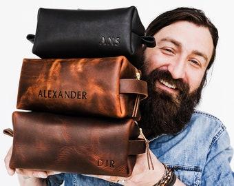 68df98a923eb Personalized Groomsmen Gift Dopp Kit Bag Customized Leather Toiletry Bag  Monogram Mens Toiletry Bag Leather Custom Gift for Guys Men